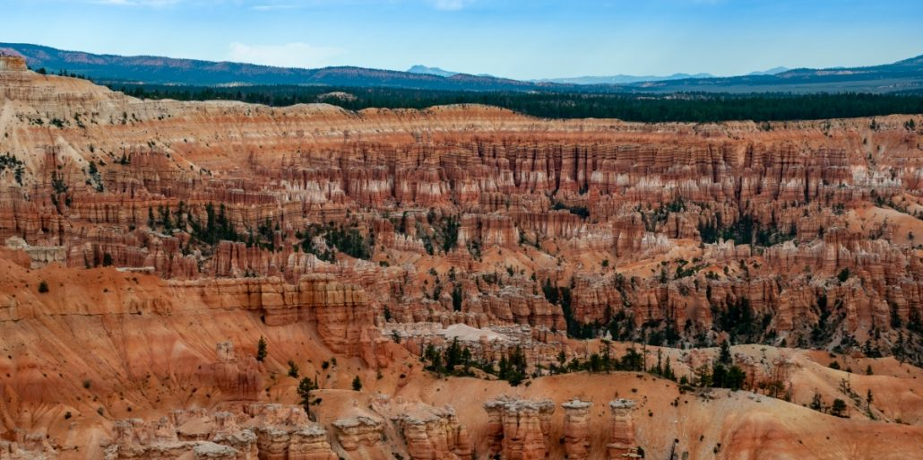 Aerial view of the amphitheatre of bryce canyon.